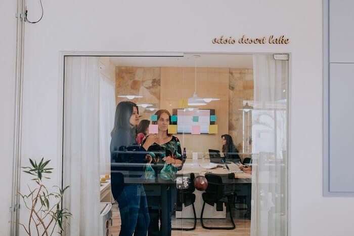 Troca de experiencias em coworking